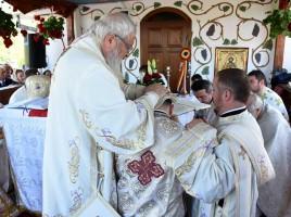 Resfintirea-Bisericii-Pogorarea-Sfantului-Duh-1